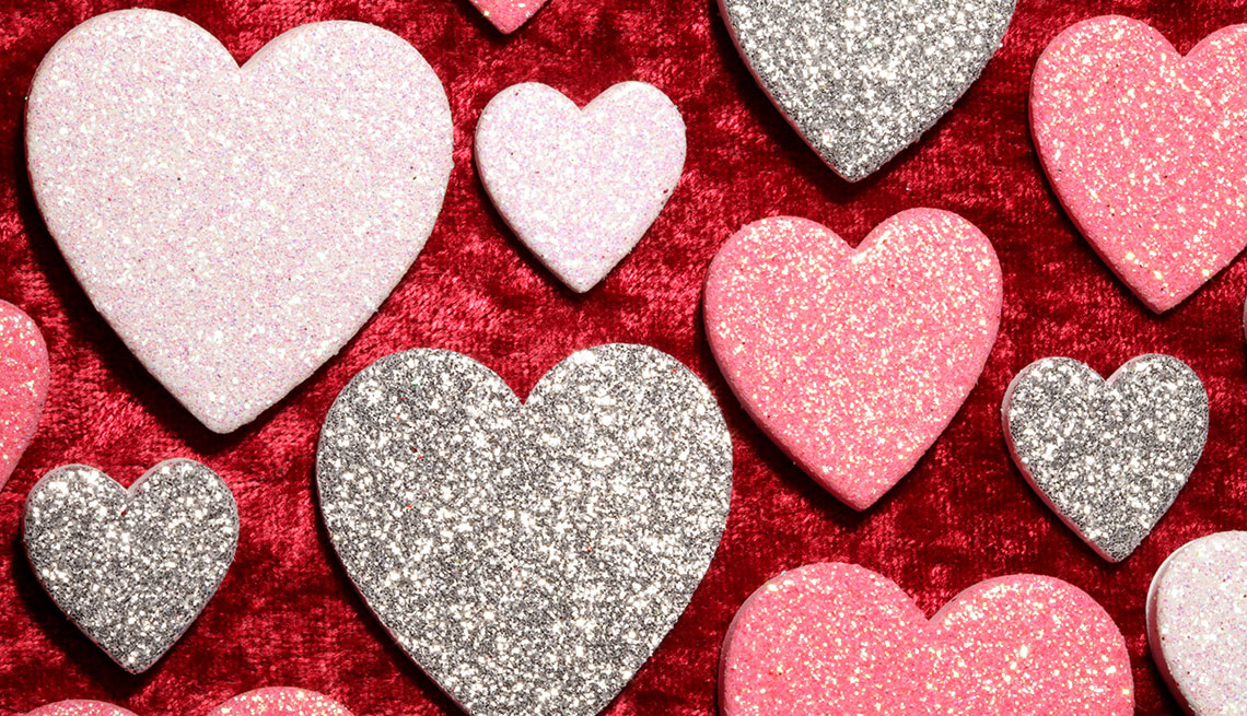 1140-hearts-on-red-aarp.imgcache.revf17a85724a969eb20647d16f23fa44c2.jpg